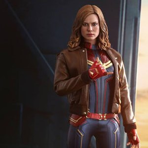 Captain Marvel Deluxe